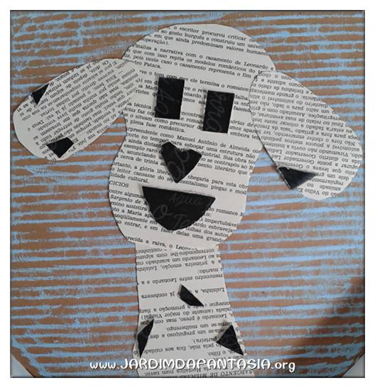 Criando arte com folhas de livro antigo ou jornais