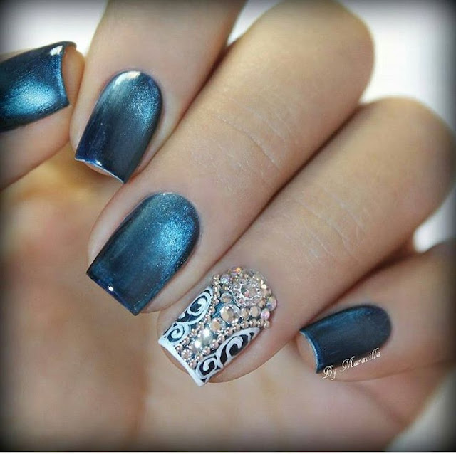 Eye Catchy Magnetic Nail Polish Designs You Will Love To Try