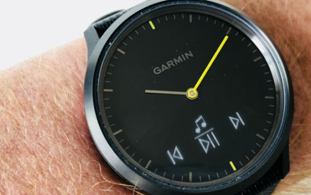 Activity Watch Garmin Vívomove HR: The muscle just right