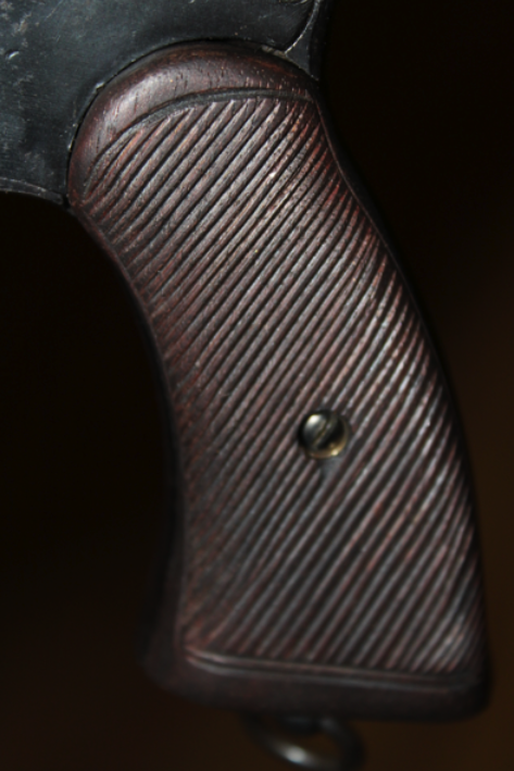 ostinati studio: Reproduction Grips for the Enfield No2 Mk1