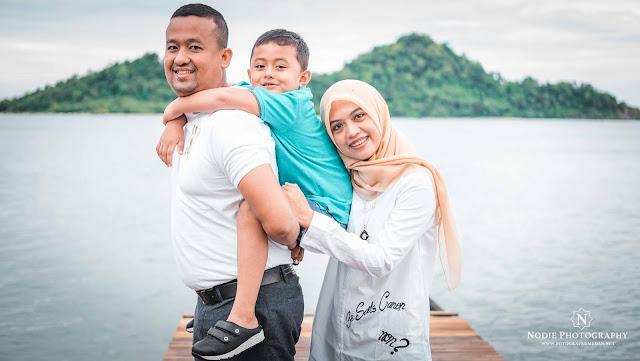 Family Potrait Eka Chaidir Banda Aceh Lampuuk