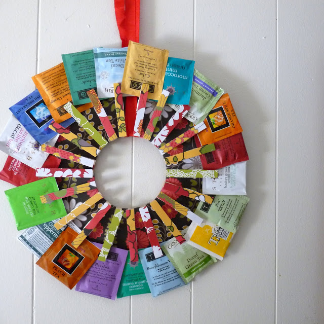 clothespin tea bag wreath