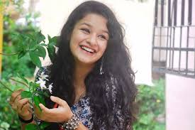 Avneet Kaur Family Husband Son Daughter Father Mother Age Height Biography Profile Wedding Photos