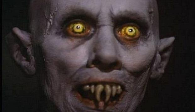 El Espejo Gótico: Los 4 tipos de vampiros en el Multiverso