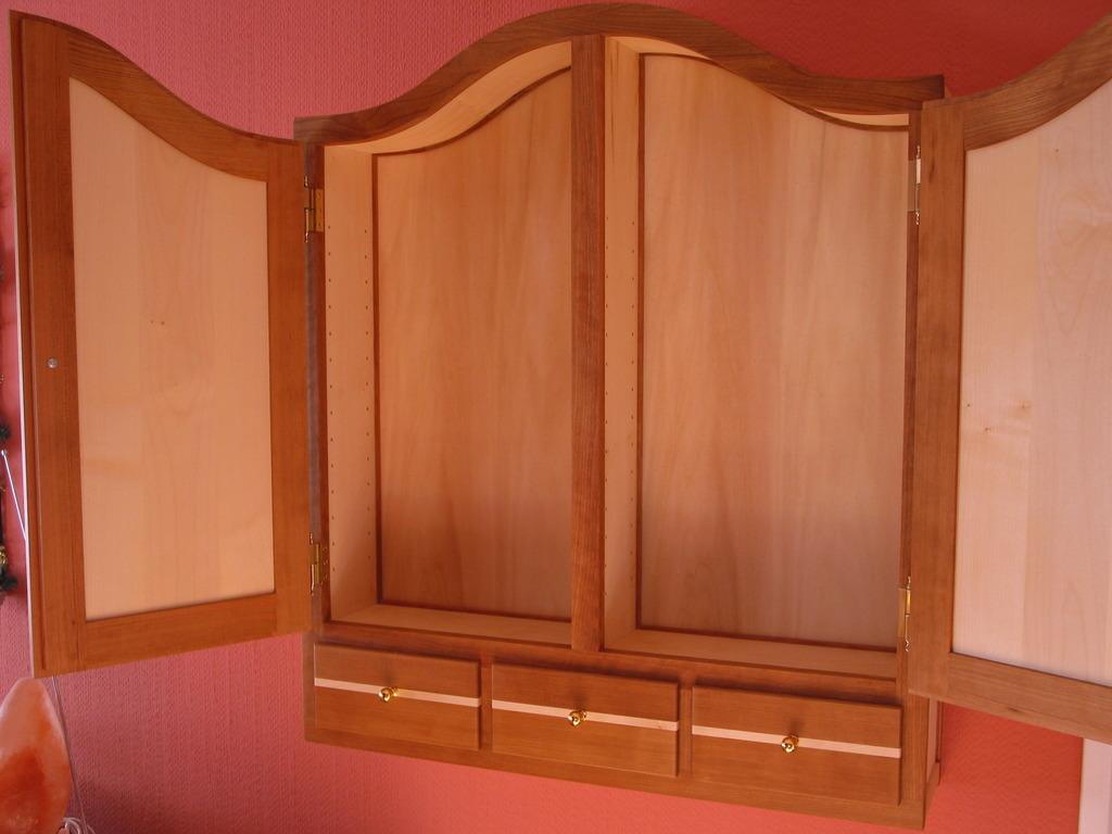 schmuckschrank selber bauen. Black Bedroom Furniture Sets. Home Design Ideas
