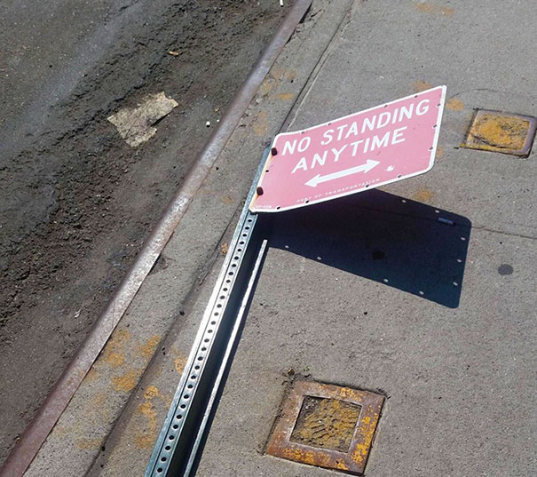 50 Hilarious Photos Of People Who Took Instructions Too Literally - Nice To See A Sign That Follows Its Own Rules
