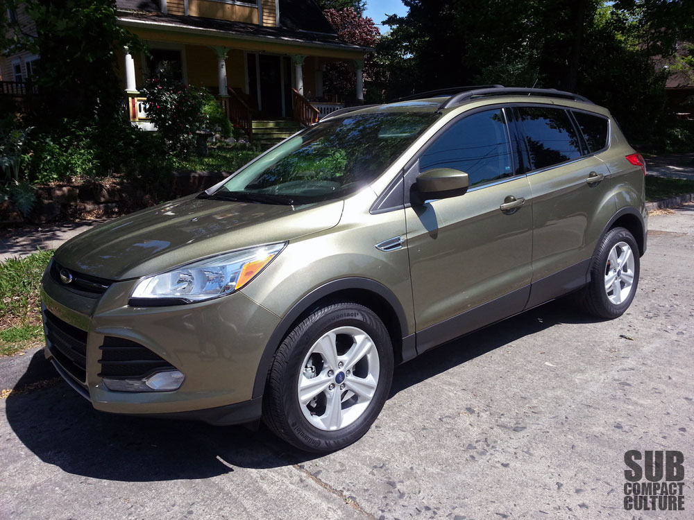 in the driveway 2013 ford escape se subcompact culture the small car blog. Black Bedroom Furniture Sets. Home Design Ideas