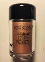 wet n wild coloricon loose pigment dom & cherry on top