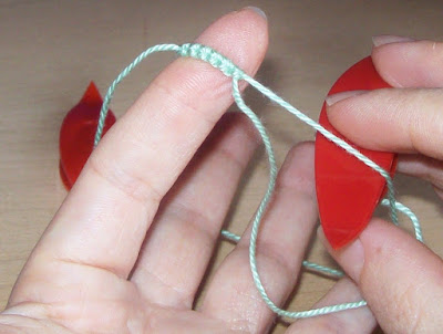 Tatting: how to make split rings - Chiacchierino: come fare split ring