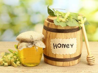 Mật ong nguyên chất trị tàn nhang