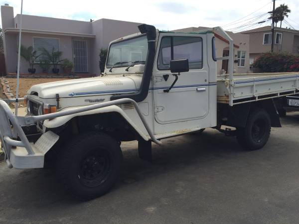 1984 toyota land cruiser hj47 one ton pickup truck. Black Bedroom Furniture Sets. Home Design Ideas