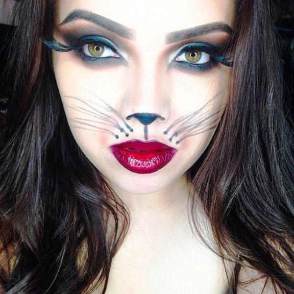 Happy Halloween Day: 15 Simple Halloween Makeup Ideas