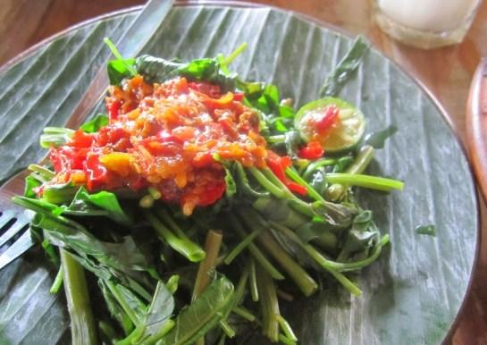 cara membuat plecing kangkung lombok