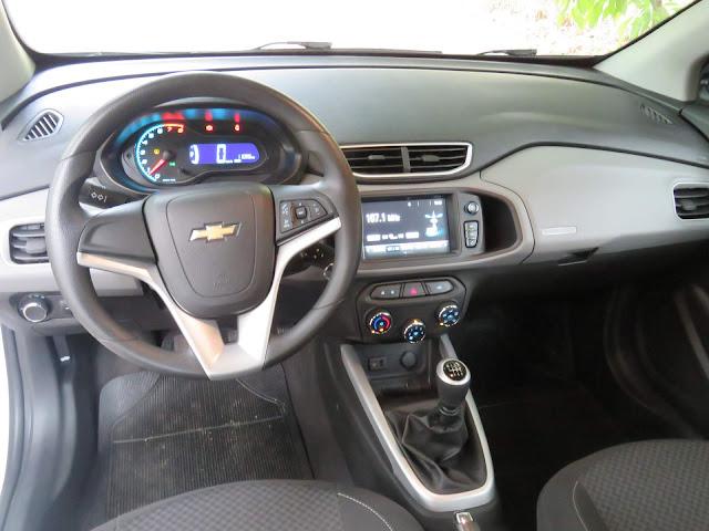 Chevrolet Onix LT 2018 - sistema MyLink