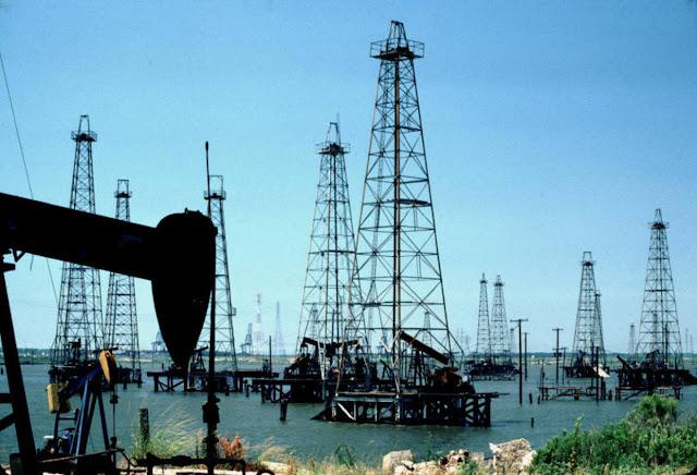 Comisión de Energía y Petróleo investiga venta de crudo en euros
