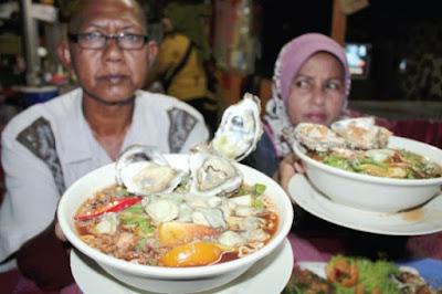 Restoran Maggi Tiram Tempat menarik di kelantan waktu malam