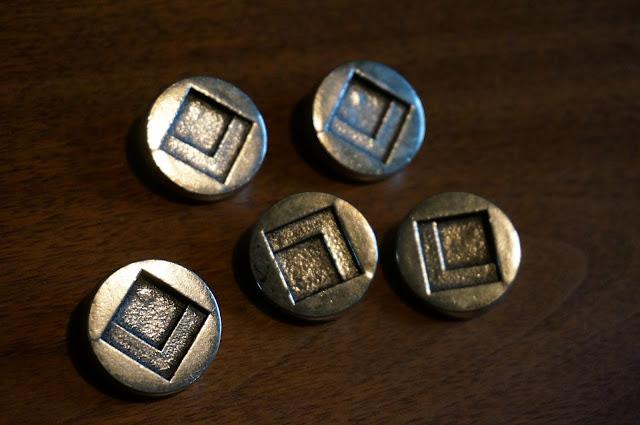 boutons mi brutaliste / mi space age des années 70  1970s space age / brutalist buttons 70s vinateg sew