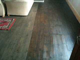The difference in finish between wood stain and varnish on floors #home #decor #pigrow
