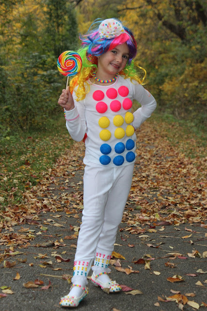 Candy Buttons Halloween Costume!  sc 1 st  Bolling With 5 & Bolling With 5: Candy Buttons Halloween Costume!