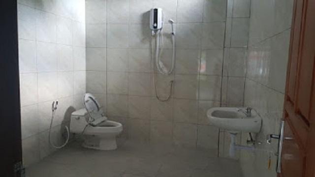 Merciful Home Stay fasilitas Kamar Mandi-WC