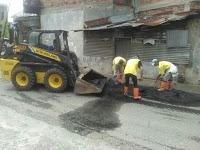 Atasi Kebanjiran Selama Ini, Dinas PU Normalisasi Drainase Jalan Masjid Syuhada Padang Bulan
