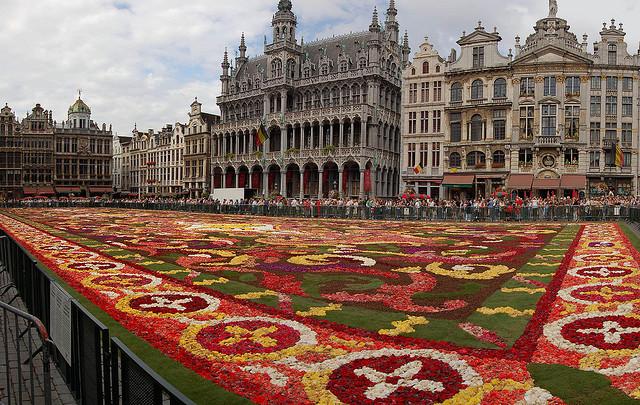 tapis fleurs Bruxelles