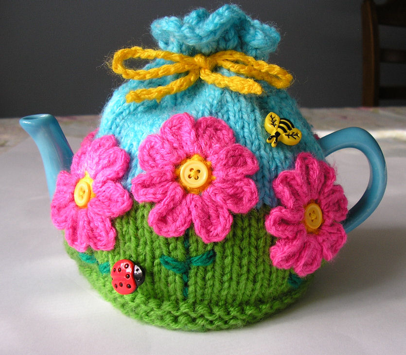 tea cosy template - justjen knits stitches flower garden tea cosy