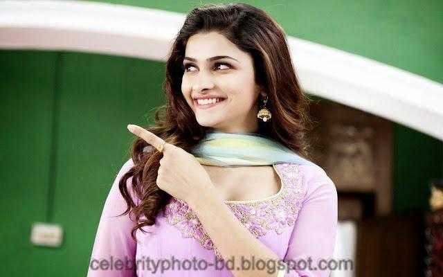 Beautiful Actress Prachi Desai HD wallpapers And Photos With Biography
