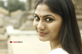Actress Shruti Reddy Latest Po Shoot Gallery  0036.JPG