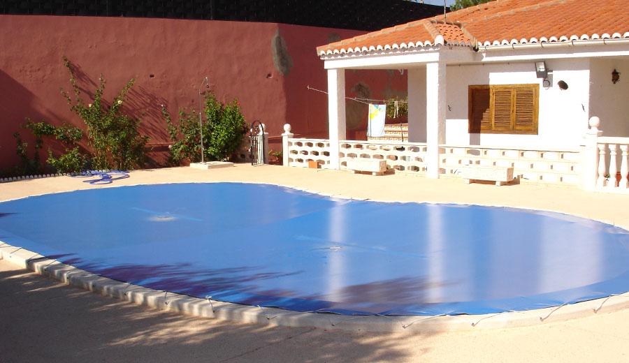 Piscina en invierno seguimos disfrutandola - Coste mantenimiento piscina ...