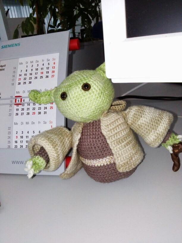 Ravelry: Yoda amigurumi pattern by Tisztisz amigurumi | 816x612