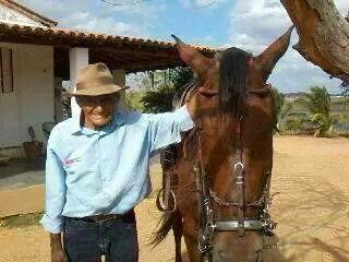 O senhor Olímpio Lopes (o vaqueiro do amor) está completando 98 ...