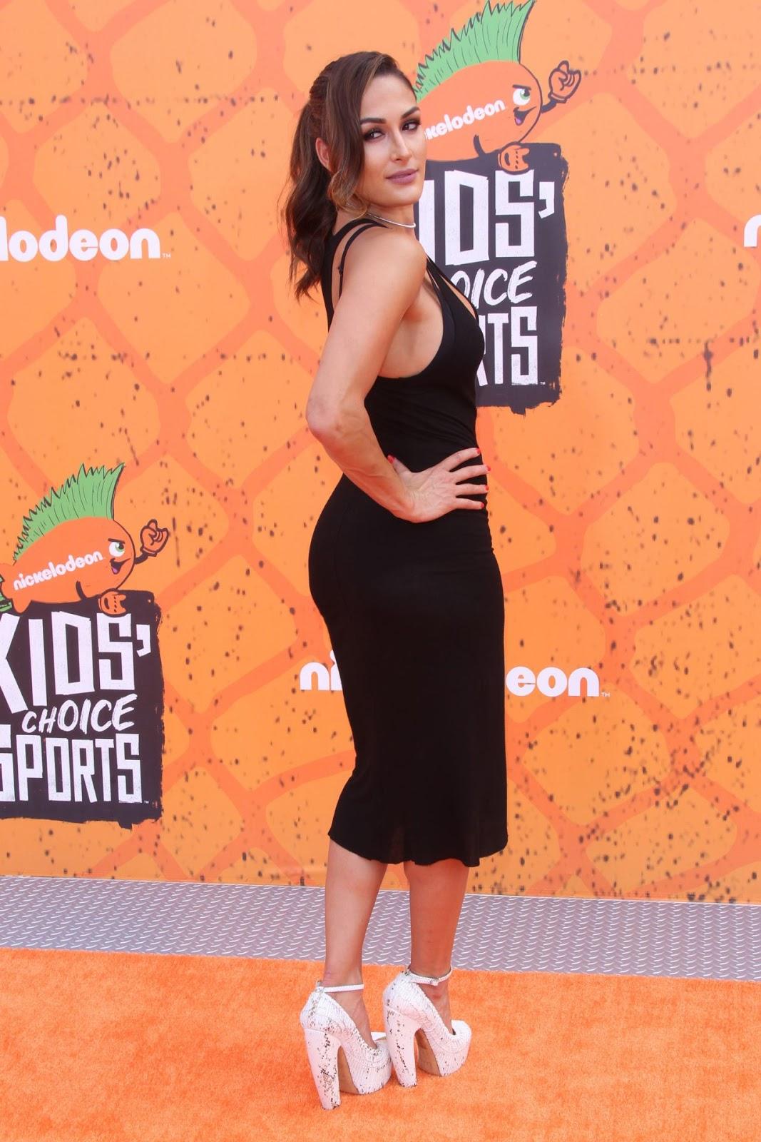 Nikki Bella – Nickelodeon's Kids' Choice Sports Awards 2016 in Westwood, CA