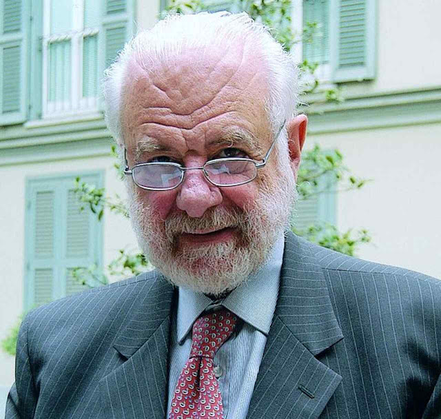 O prof. Pierluigi Baima Bollone, outro dos autores da análise