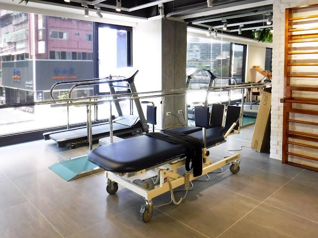 捷安復健專科診所-高雄市前金區-復健-物理治療-儀器治療