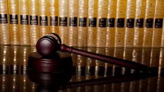 Peran Hukum Advokat dalam Suara Mikro & Makro