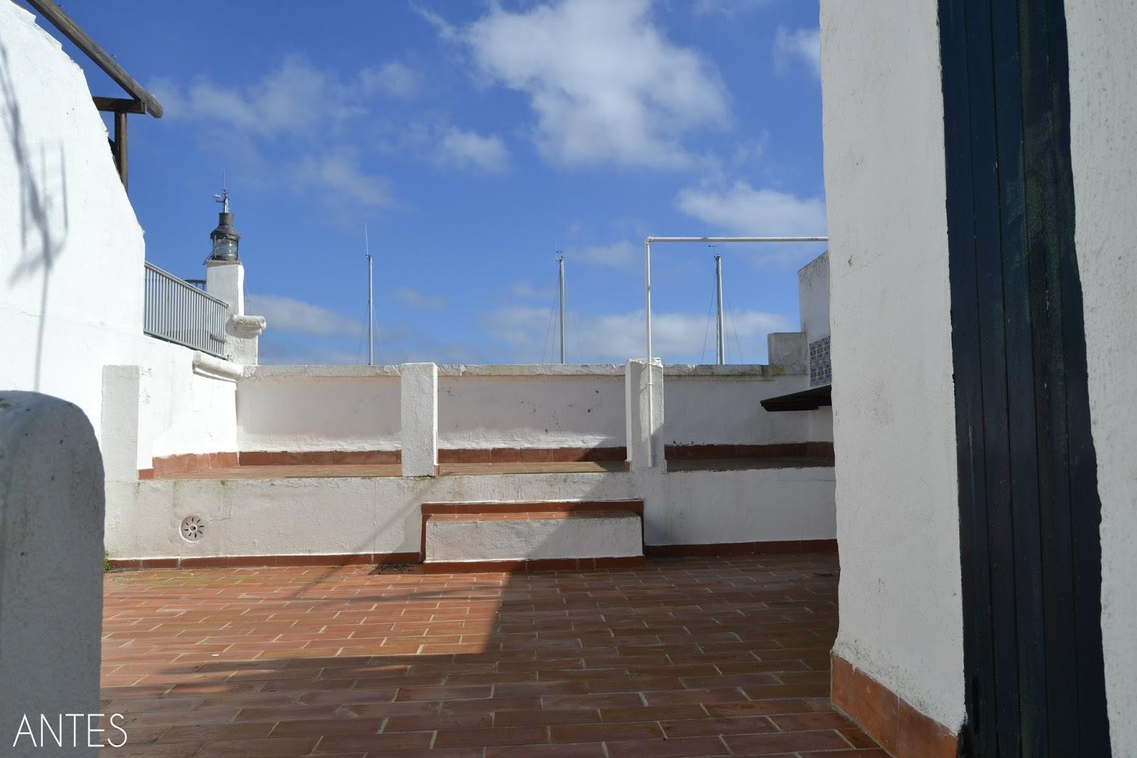 Home staging - antes y después, como poner bonita una terraza en el puerto de Mahón, te enseño paso a paso como con poco podemos cambiar un espacio y convertirlo en especial