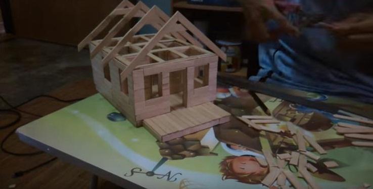Cara Membuat Miniatur Rumah Dari Stik Es Krim Part 2