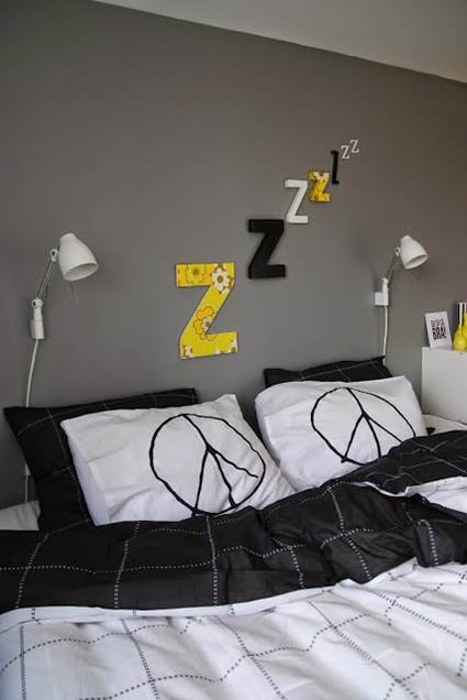 Low Cost Decoration for Bedrooms 1