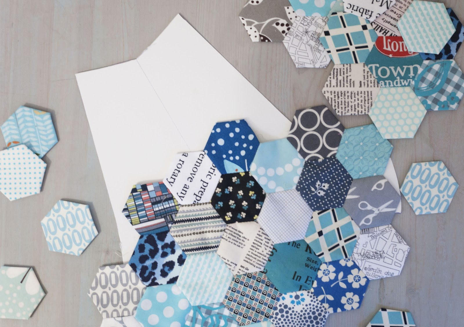 Pins And Bobbins Quilt As You Go 241 Totes Plus A Giveaway