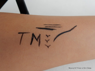 Tony Moly Easy Touch Liquid Eye Liner swatch