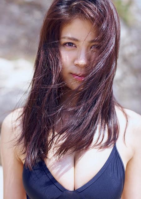 澤北るな Sawakita Runa Weekly Playboy May 2017 Images