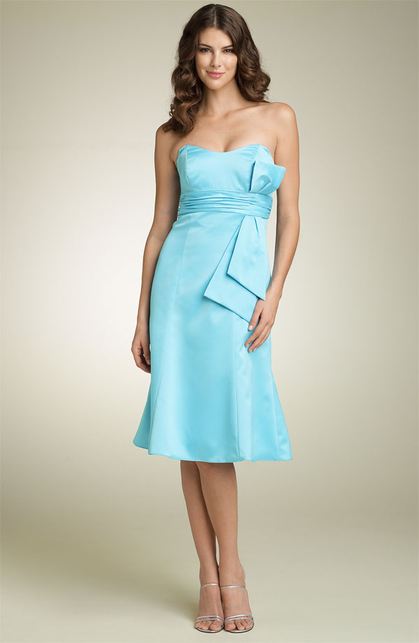 Tiffany Blue Gel Nails With Glitter: How Do I Love Thee: : Bliss : Tiffany Blue