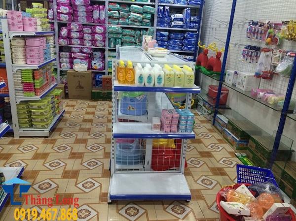 Kinh nghiệm phân loại kệ bày hàng siêu thị Trung Quốc gắn mác Việt Nam
