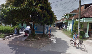 Gapura timur masuk dusun kangkung Hadiwarno ngadirojo pacitan