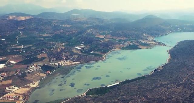Η τιρκουάζ λιμνοθάλασσα στην Αργολίδα (βίντεο)