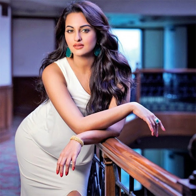 The Akira star Sonakshi Sinha is bringing heavens down to earth with her fairy-like glow and serene beauty.