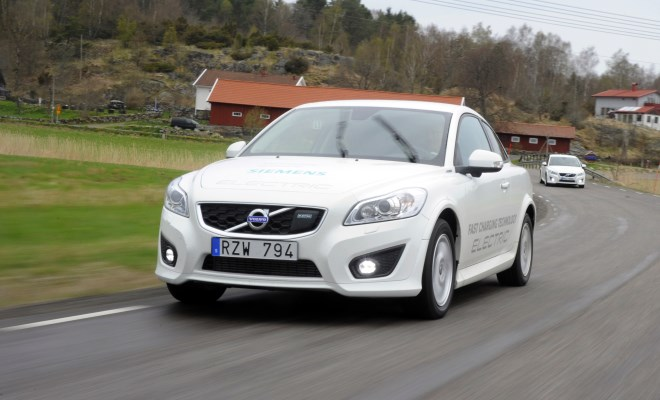 Volvo C30 Electric v2 front view