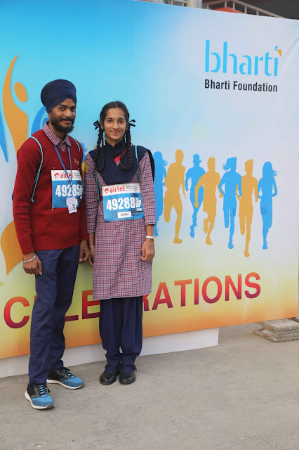 Tania Bawa, a student of class 10 from Satya Bharti School Jhaneri (near Sangrur, Punjab) ran support Bharti Foundation, as they celebrat