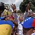 Liberan a detenidos en nuevas protestas contra Maduro; periodista sigue preso